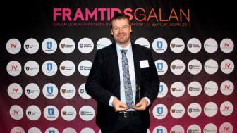 Tibro kommuns demenssamordnare Johan Ekstrand fick ta emot priset Årets förbättringsresa på Framtidsgalan i Stockholm den 28 november.