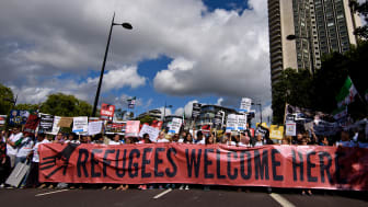 """Amnesty UK Front """"Solidarity With Refugees"""" Demonstration © Ben Pruchnie/Getty Images"""
