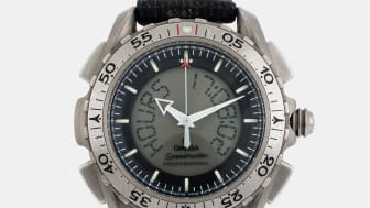 "OMEGA, Speedmaster X-33, ""Space-Flown"" - utrop 300 000 - 500 000 SEK"