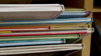 Biblioteket som samhällsfunktion öppnar - bemannad service med restriktioner