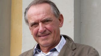 Jan Eliasson gästar Café Rosella den 12 mars.