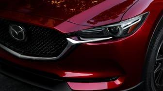 Nya Mazda CX-5 i färgen Soul Red Crystal