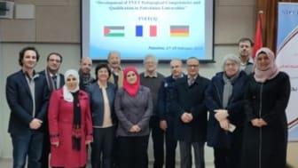 Wissenschaftlicher Austausch: Protagonist*innen aus Europa und Palästina in Ramallah.