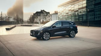 Uuden Ford Kuga täyshybridin tuotanto käynnistyy -  Kuga-mallistossa nyt entistä enemmän sähköisiä vaihtoehtoja