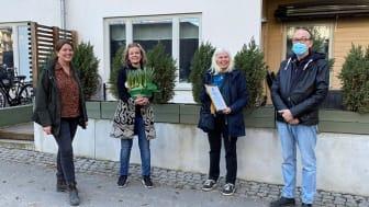 På bilden fr. vänster: Anna Bengtsson, hållbarhetschef HSB Stockholm, Sofia Carlén Hammar, styrelseordförande HSB brf Redaren, Ann Marie Bergström, ledamot och sekreterare HSB brf Redaren och John Stensaeus, suppleant HSB brf Redaren