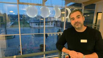 Rikard Martinsson är rektor på Fryxellska skolan i Sunne. Det långsiktiga förändringarbetet på skolan börjar visa resultat.