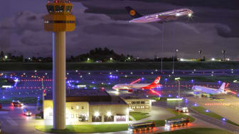 Hamburg: Miniatur Wunderland - Airport by night
