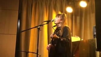 Stureplan fylls av livemusik på söndagar när HUS1 flyttar in på Scandic Anglais