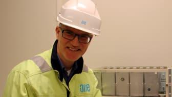 ONE Nordic är ett av de ledande bolagen i branschen inom reläskyddsbyten. Peter är en av ONE Nordics provningsingenjörer.