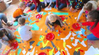 Gennem kunst og kultur mødes børn på tværs af nationaliteter