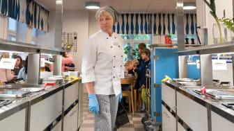 Kökschef Jaana Risberg Lindström. Hägerstensåsens skola, Stockholms stad.