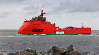 ESVAGT has experience in operating in Arctic regions, for instance with the 'Esvagt Aurora'.