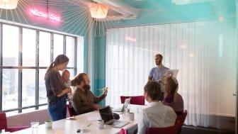 Telavox har under de senaste par åren satsat mycket på jämställdhet inom it-branschen, hållbarhet och inkludering. Nu är de nominerade till hedervärt employer branding-pris.