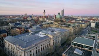 Blick auf die Beethovenstraße und die Skyline von Leipzig - Foto: Bertram Kober/punctum