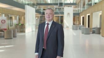 Konsernsjef i Storebrand Odd Arild Grefstad, påpeker at innkjøpsstrategien er et konkret bidrag til det grønne skiftet i norsk næringsliv, og håper den vil inspirere andre.