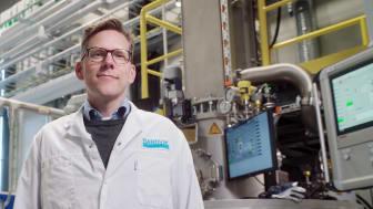 – Med vår nya state-of-the-art-anläggning för titanpulver skapas helt nya möjligheter för additiv tillverkning med titan, säger Peter Harlin, försäljning och forskningsledning på Sandvik Additive Manufacturing. Foto: Sandvik AB.