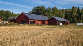 ECOKRAFT - solcellsanläggning på plåttak