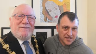 Mayor put in the picture by members of mental health support group