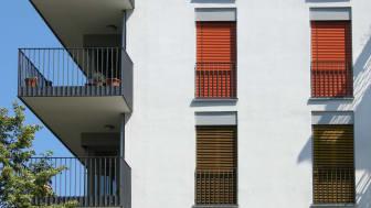 Rechtzeitig geschlossen halten Außenjalousien oder Rollläden die Sommerhitze draußen