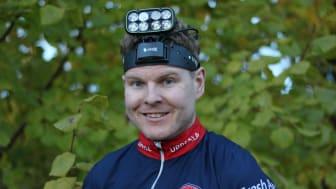 Erik Fredlund från OK Linné väljer LEDX Lights Cobra 6500 för de tuffaste lägena.