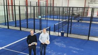 Marcus Lerander och Staffan Marklund i nya Padelhallen
