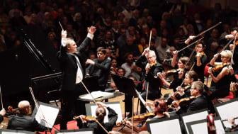 Chefdirigent Jaime Martín och Gävle Symfoniorkester