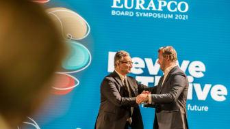 Gothaer CEO Oliver Schoeller (rechts) übernimmt den Vorsitz von Luca  Filippone, General Manager der italienischen Reale Group