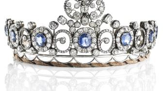 """The Russian Sapphire Tiara"", estimate: DKK 1,500,000-2,000,000 / € 200,000-270,000."