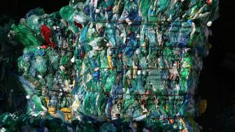 Nestlé och Veolia förenar sina krafter för att bekämpa plastnedskräpning och utveckla återvinningsprogram