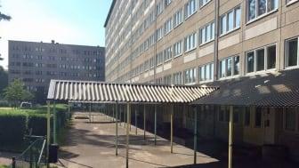 Utemiljön vid Bredfjällsgatan i Hammarkullen är ett av Bostadsbolagets två projekt som beviljats stöd från Boverket.