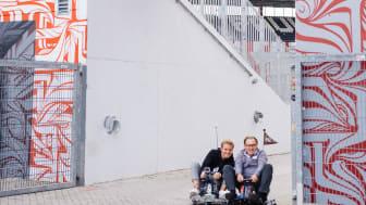 Die tricky Eau de Toilet Kurve am Millerntor: Rosberg & Lienen kämpfen auf 8 Rädern
