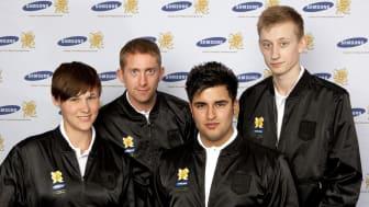 Imorgon springer fyra unga svenska ideella idrottsledare med elden i den olympiska fackelstafetten i Skottland
