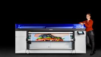 Canon lanserar den nya rullmatade skrivaren Colorado 1630 med UVgel.