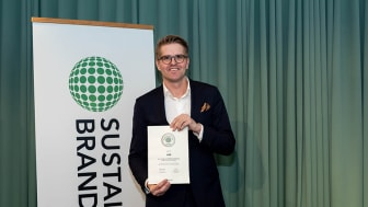 André Johansson, marknads- och kommunikationschef HSB Riksförbund, tog emot diplomet.