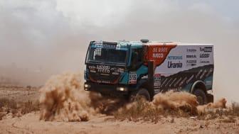 Gerard de Rooy vil være bak rattet på Iveco Powerstar med sovehytte. Han er en ekspert på slike rally og har demonstrert sin ekstraordinære dyktighet en rekke ganger, med minneverdige seiere i Dakar Rally både i 2012 og 2016.