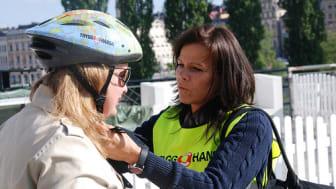 6 av 10 cyklister använder aldrig hjälm