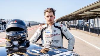 Regerande mästaren Lukas Sundahl är den förste föraren att vinna mästerskapet tre gånger i följd (2018, 2019, 2020).