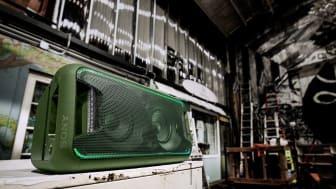 За глубокие впечатляющие басы в аудиосистеме XB5 высокой мощности отвечает технология EXTRA BASS
