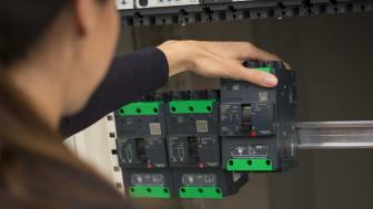 Sådan ser den ud den nye Compact NSXm fra Schneider Electric.