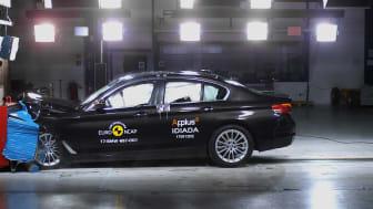 BMW 5-Series - Frontal Offset Impact test 2017