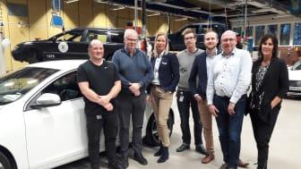 Christian Svensson, Anders Wass, Kristina Bang, Klas Abrahamsson, Jörgen Andersson, Lars Andersen och Linnea Larsson är glada över det nya samarbetet mellan Östrabo Yrkes, Volvo Car Sverige och Brandt Bil.