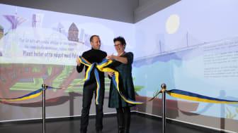 Mattias Klum och Carina Svensson inviger ny pedagogiska station på Kretseum