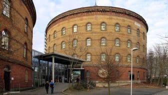 Blick auf das Panometer Leipzig (ehemaliger Gasometer der Stadtwerke)