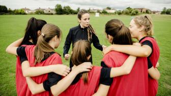 El 98% de los padres considera que el deporte es clave en el desarrollo cognitivo y socioemocional de sus hijos, según un estudio desarrollado por galletas Príncipe