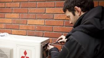 Service av värmepump