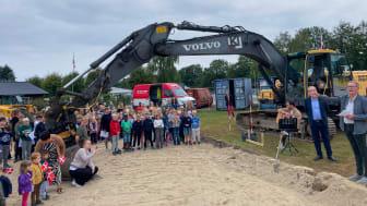 Solhverv Privatskole har netop taget første spadestik til at åbne et science- og kulturhus til gavn for hele lokalsamfundet. Foto: Viceskoleleder Thomas Hyldgaard.
