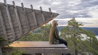 Credits: Martin Edström/imagebank.sweden.se, ArkNat is a combination of architecture and nature. A shack placed along the High Coast Trail for public use.