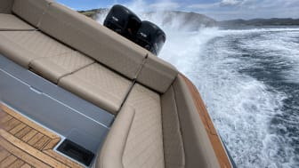 The CXO300 was the world's first 300hp diesel outboard engine