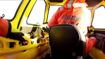 Livräddning på is med Sjöräddningssällskapets svävare
