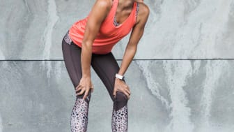 Daily Sports  AU19, Leona tights and printed bra, Cuff loose tank
